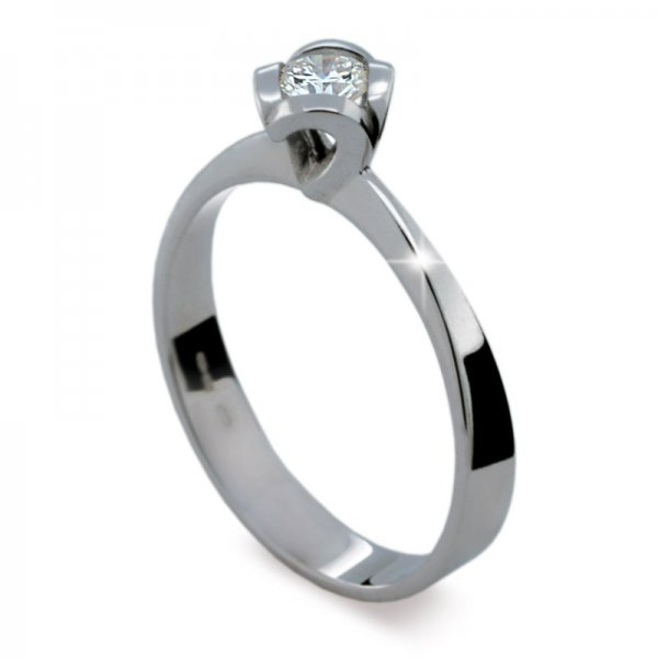Dámský prsten s diamantem DF1857
